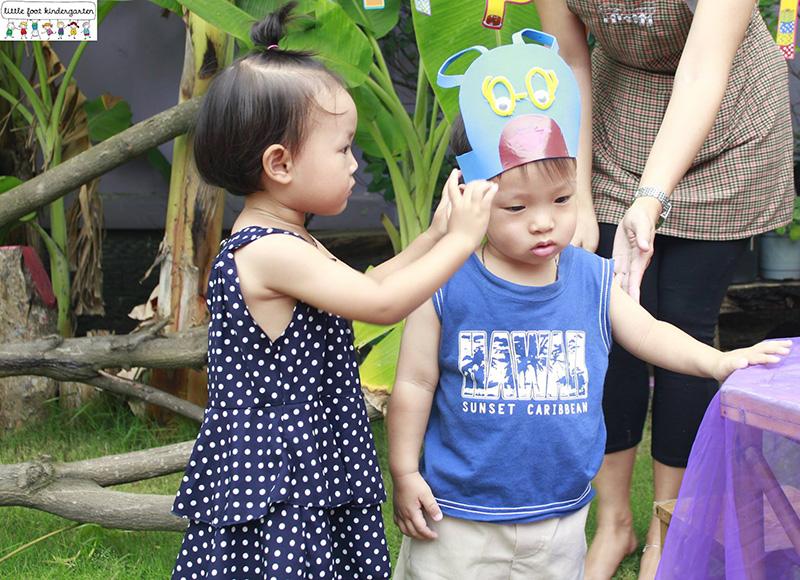 little foot kindergarten không quát mắng